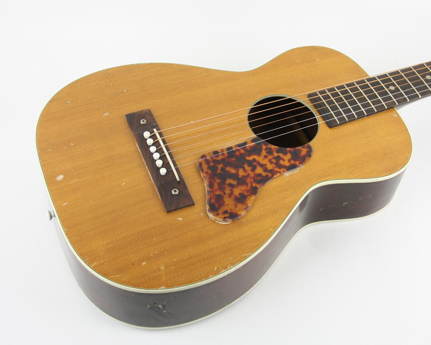 1960s Regal/Harmony Parlor Acoustic detail 1