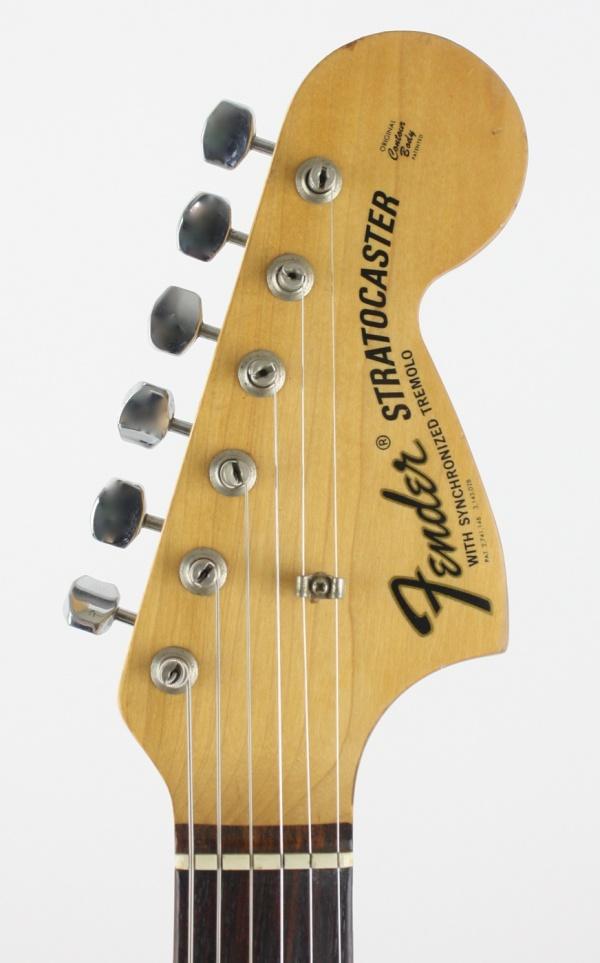 1969 Fender Stratocaster Lake Placid Blue detail 3