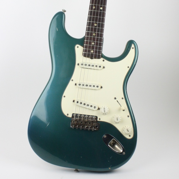 1969 Fender Stratocaster Lake Placid Blue detail 0